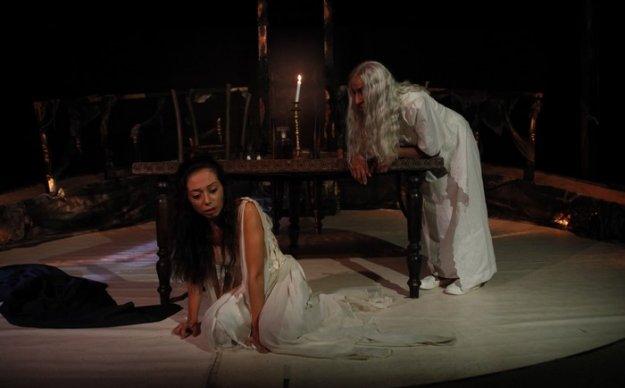 Ekim ayında Antigone biletleri hızla tükeniyor