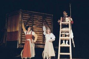 Don Kişot ve Ruhi Bey sahnede hayat buluyor