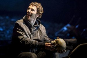 Hamlet Geri Dönüyor