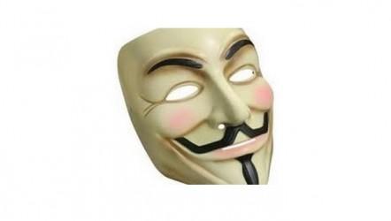 Tiyatro sanatçısı topluma ihanet edemez!…