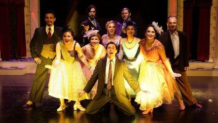 Erkek Arkadaş - İstanbul Devlet Tiyatrosu