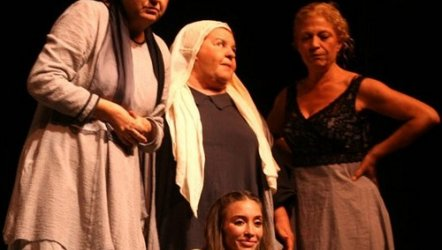 Tuncer Cücenoğlu - Kadın Sığınağı