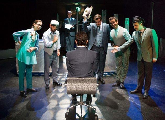Tiyatro Adam Ocak Ayında...