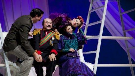 Sevgili Doktor - Adana Şehir Tiyatrosu