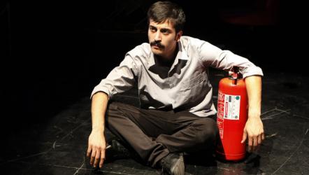 İkinci Derecen İşsizlik Yanığı - İstanbul Devlet Tiyatrosu