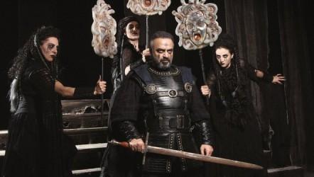 Macbeth Şehir Tiyatrolarında