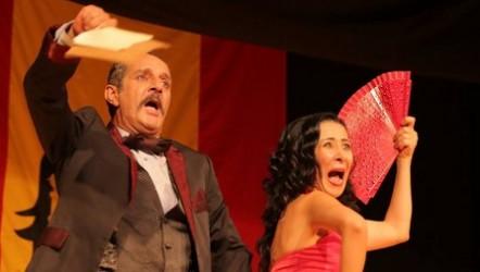 Ay Carmela - Öteki Beriki Tiyatro Topluluğu ve Tiyatro Viya