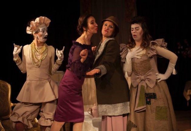 Atölye Tiyatrosu'ndan Yeni Oyun : Kadınlar&Kadınlar
