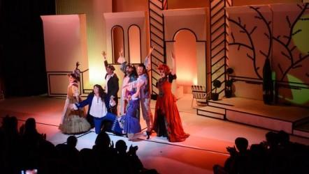 AŞT Dünya Tiyatrolar Gününü sahnede kutladı