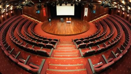 Tiyatro Salon sayısı arttı, seyirci sayısı azaldı