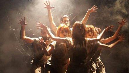 Tiyatromuz  Yeni Tiyatro Sezonuna İki farklı Oyunla CerModern' de Başlıyor...