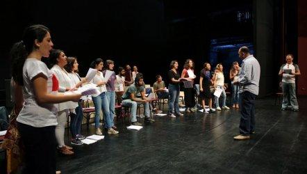 Şehir Tiyatrolarının 100. oyunu...