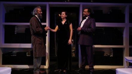 'Largo Desolato Seyirci İle Buluşuyor
