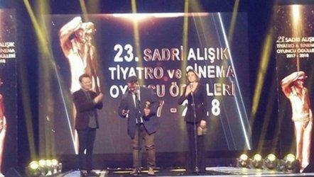 Sadri Alışık Tiyatro ve Sinema Oyuncu Ödülleri verildi. - 2018