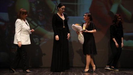 24.Bedia Muvahhid Ödülü Pelin Budak' a Verildi.