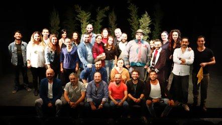 Bornova Belediyesi Şehir Tiyatrosu Yeni Sezonu Açtı