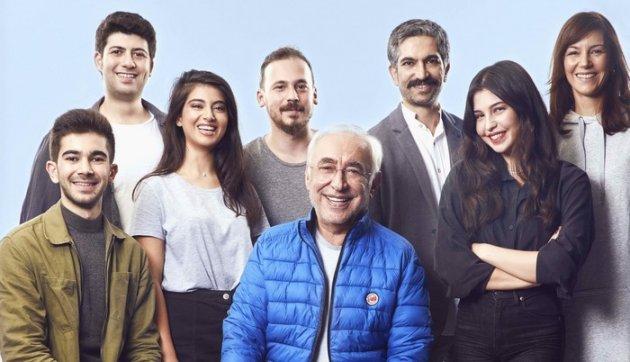 Usta oyuncu Şener Şen'in 14 yıl aradan sonra tiyatroya geri dönüyor