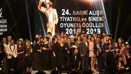 24. Sadri Alışık Oyuncu Ödülleri  Kazananları Belli Oldu