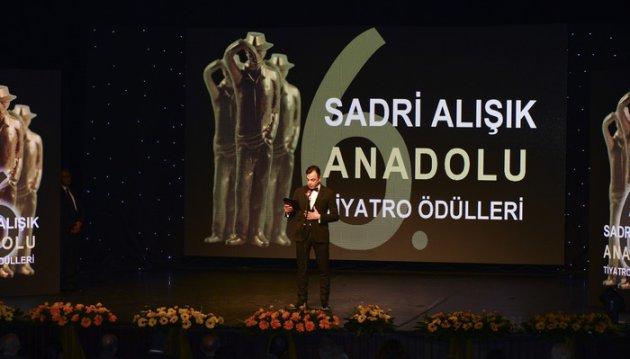 9.Sadri Alışık Anadolu Tiyatro Oyuncu Ödülleri Belli Oldu…