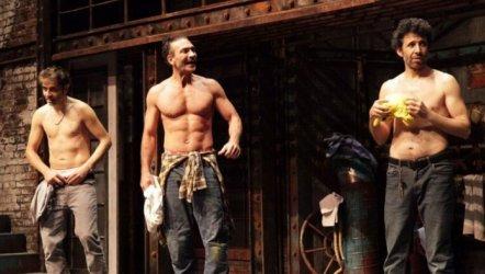Çıplak Vatandaşlar - Kiproko Tiyatro