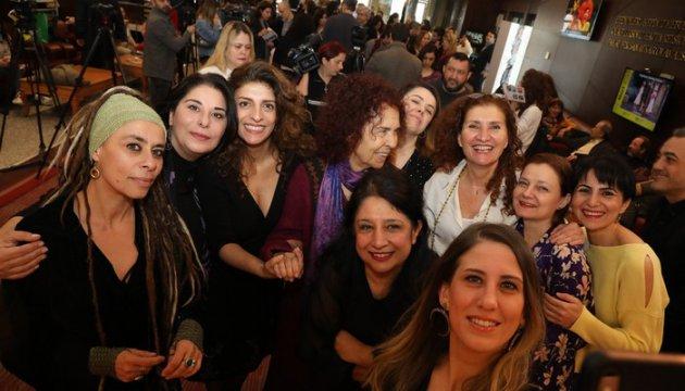 İstanbul Şehir Tiyatrosu Tarihinde Bir İlk...