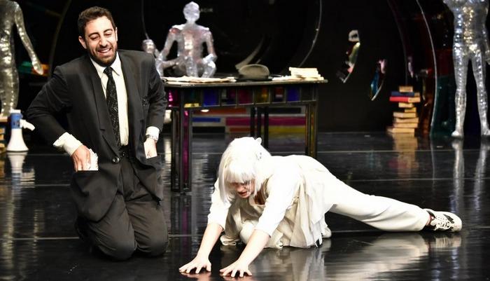 Sonsuzluk Kitapevi - Ankara Devlet Tiyatrosu