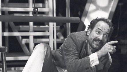 Oyuncu (Ben Feuerbach) - İzmir Devlet Tiyatrosu